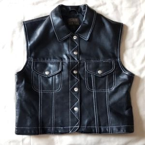 Hyde Park Black pleather vest
